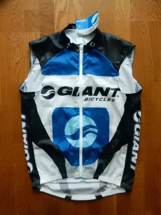Vesta ciclism Giant Bicycles Windshell (protectie vant) Made in USA; marime M