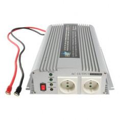 Invertor de tensiune, 12V - 220V AC, 1000W, cu incarcare baterie - 201067