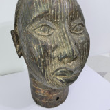 Staueta veche din bronz-arta africana