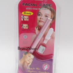 Micro-Trim pentru ingrijire faciala / Aparat de tuns sprancenele