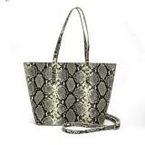 Cumpara ieftin Shoulder bag Alb Femeie Versace 19v69