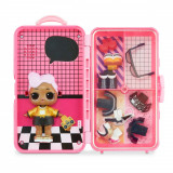 Papusa LOL Surprise Style Suitcase, DJ, 560432