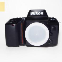 Nikon F70 (Body only) (serie: 2903472)