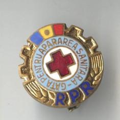 Insigna veche medicina cruce rosie - GATA PENTRU APARAREA SANITARA - RPR