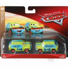 Cars, 3 personaje Die Cast pachet 2 masini Hit si Run