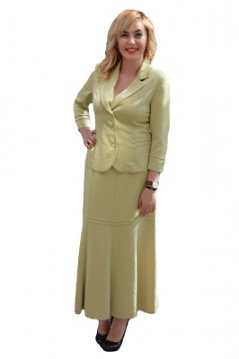 Costum elegant , in nuanta de verde deschis foto