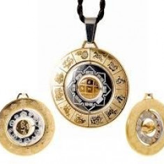 Amuleta prosperitatii- Medalionul celor 8 simboluri de prosperitate cu silaba HRIH