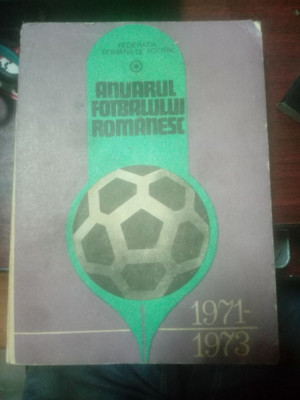 Anuarul fotbalului romanesc 1971-1973 foto