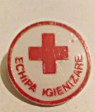 MEDICINA INSIGNA CRUCEA ROSIE INSIGNA ECHIPA IGIENIZARE 30,45 MM
