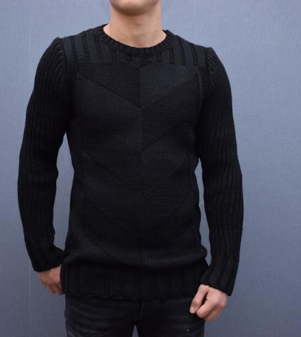 Pulover negru barbati - Cumpara cu incredere de pe Okazii.ro. e5b1d818c7
