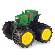 Tractorul cu roti mari TOMY Mega Monster Wheels