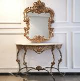Set impresionant alcatuit din consola cu oglinda vintage in stil Louis XV, picioare elegante din bronz masiv cu frunze de acantus, motive florale fron