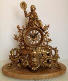 Ceas vechi, antic de semineu