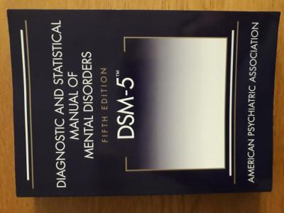 DSM 5 - Diagnostic and statistical manual of mental disorders foto