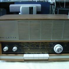 Radio PHILIPS PHILETTA B2 D53A vintage