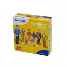 Figurine familie de europeni