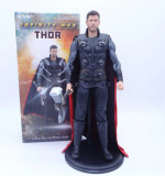Figurina Thor Marvel Infinity war Endgame Avangers 30 cm