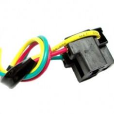 Mufa bec H4 cu cablu 20 cm , din plastic