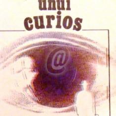 Surprizele unui curios