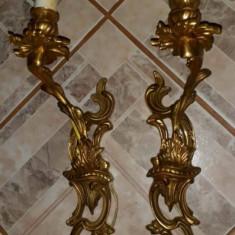 Pereche de aplice din bronz masiv in stilul Rococo