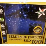 Instalatie turturi de exterior cu 100 led-uri cu lumina alba si efect de flash interconectabila