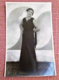 Tanara in rochie de seara. Fotografie tip carte postala -  Foto-Paris, Galati