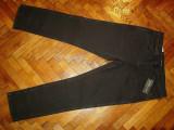 "Blugi Levis 511  ""Line 8""-Marimea W36xL32 (talie-94cm,lungime-106cm)"