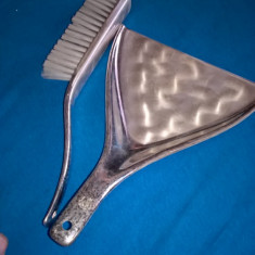 Faras si perie metal argintat WMF Ikora