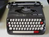 Masina de scris BROTHER 440TR+banda noua de scris