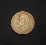 Medalie Regele Ferdinand - 1921 - Expozitia si Targul de mostre Bucuresti