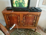 Mabila de aufragerie si dormitor veche de calitate