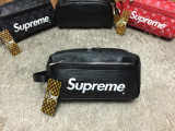 Borseta fotbal/geanta de mana/voiaj/toiletry bag Louis Vuitton x Supreme LV 2019