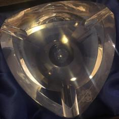 Scrumiera din cristal