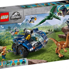 LEGO Jurassic World - Evadarea lui Gallimimus si Pteranodon? (75940)