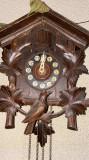Ceas cu cuc,VICTORIA ARAD,carcasa din lemn,mecanism complet