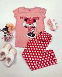 Cumpara ieftin Pijama dama ieftina bumbac cu pantaloni lungi rosii si tricou roz cu imprimeu MM Peek-A-Bow
