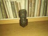 Statueta africană