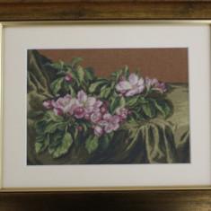 Goblen lucrat `Flori de măr`