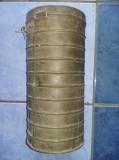 CUTIE Metalica romaneasca de masca de gaze Concordia din 1939.Original,T.GRATUIT