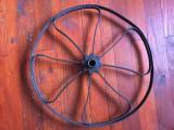 Design / Decor / Vintage - Veche roata din metal pentru utilaje agricole / plug