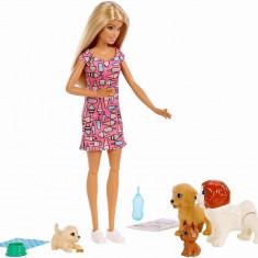 Set papusa Barbie cu catelusi, Mattel