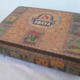 Cutie veche de colectie lemn