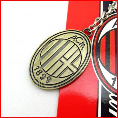 Cumpara ieftin Breloc Chei/ - AC MILAN/ITALIA - UEFA/Metalic/Nou/Tipla