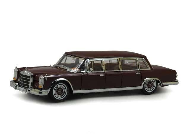 Macheta Auto Sun Star, 1966 Mercedes-Benz 600 Pullman 1:18
