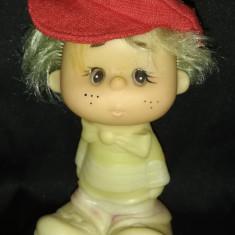 Strengar cu șapcă roșie NEZNAIKA figurina papusa din cauciuc Dunno URSS anii 70
