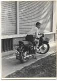A1736 Motocicleta numar inmatriculare Bucuresti 1960