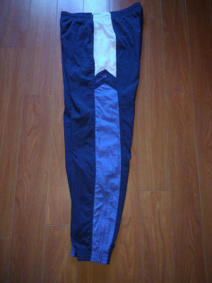 Pantaloni de trening vintage Adidas mărimea L foto