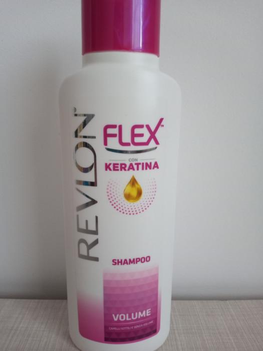 Sampon pentru volum Revlon Flex