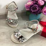 Cumpara ieftin Sandale argintii elegante cu pietre pt fete / talpa moale 25 26 27 28 29 30