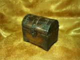 Cutie bijuterii, cufar medieval, sec 19, lemn alama, colectie, cadou